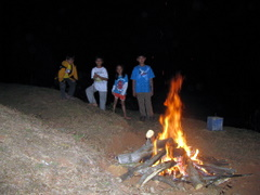Api Unggun di depan Wisma pelangi