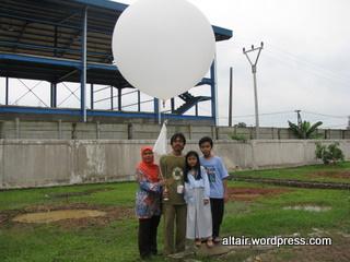 saat peluncuran balonsonde